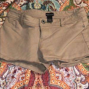 Wet seal stretch tan shorts
